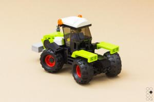 Claas Xerion-4